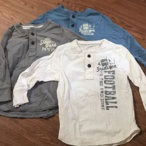 Set of 3 children's place long sleeved 4t shirts